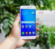 Samsungs-Galaxy-J7-Prime-in-pictures (1)