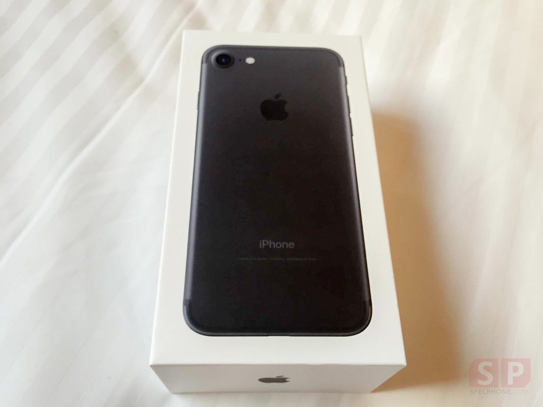 Unbox Preview iPhone 7 Black 32 GB SpecPhone 0009