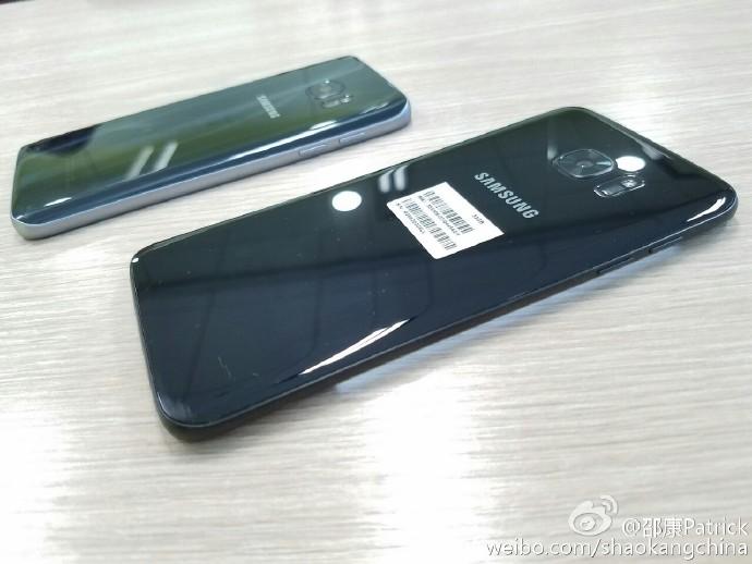 Glossy-black-Galaxy-S7-edge-leaks