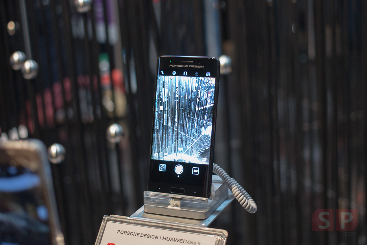 Hands-on-Huawei-Mate-9-PORSCHE-DESIGN-SpecPhone-001
