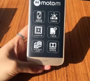 New-images-of-the-Motorola-Moto-M-and-the-retail-box-surface (2)