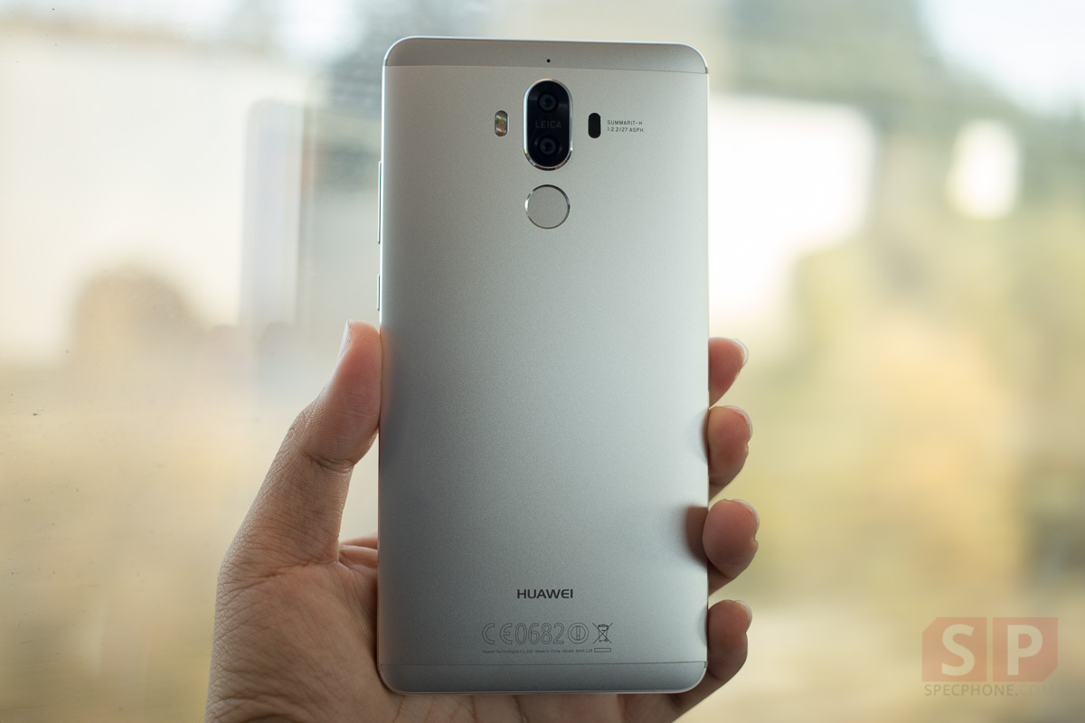 Unbox-Huawei-Mate-9-Moonlight-Silver-SpecPhone-006