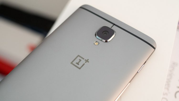 oneplus-3-back-top-logo-750x422