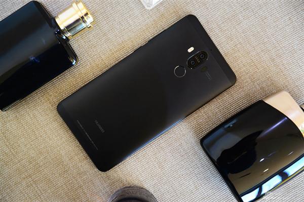 Huawei-Mate-9-Obsidian-Black-31