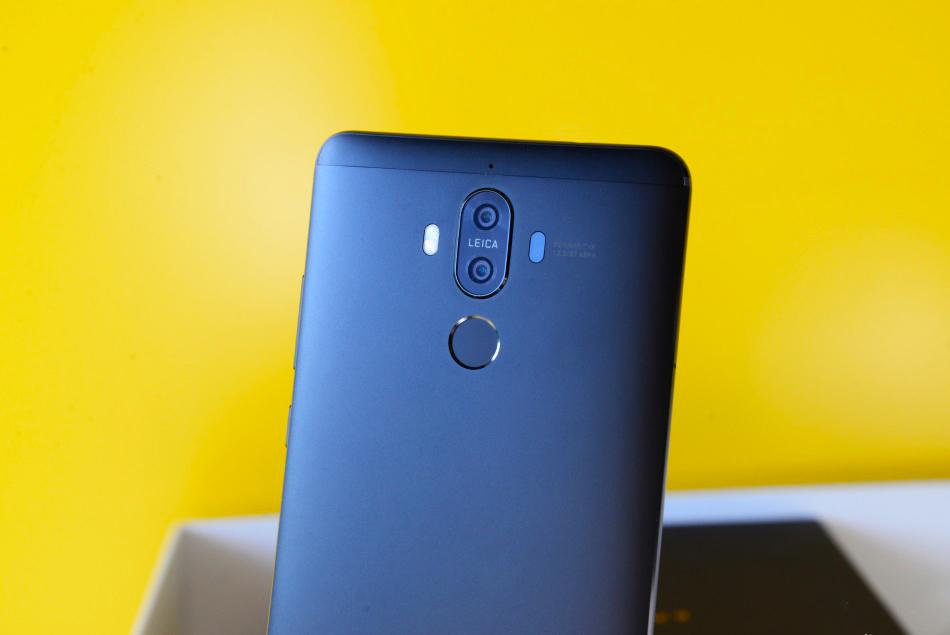 Huawei-Mate-9-Obsidian-Black-5