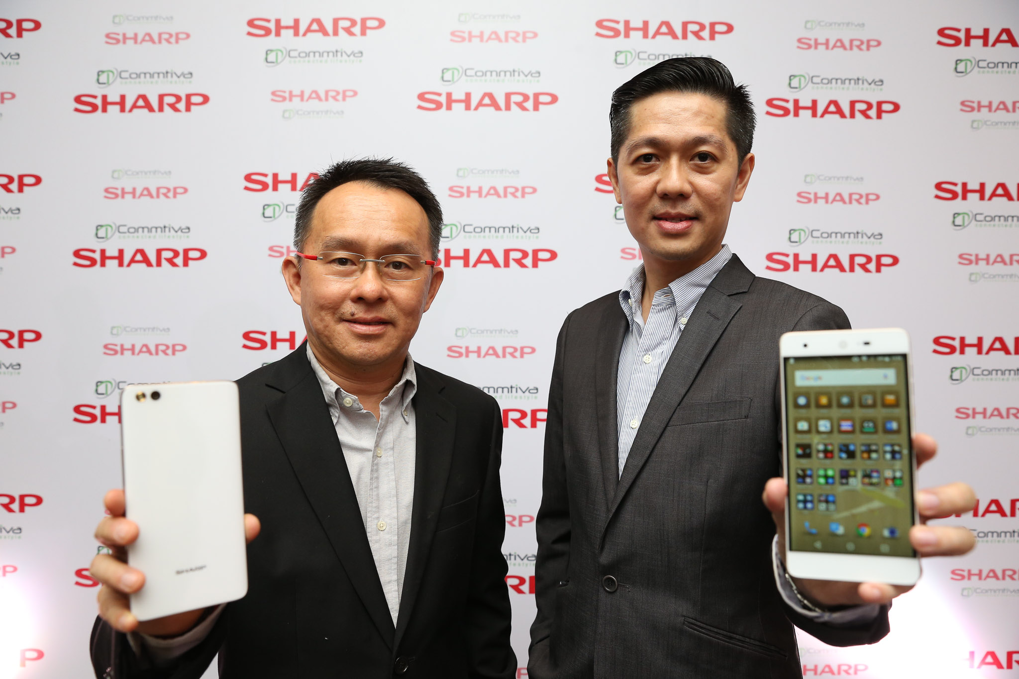 Sharp-Launch-Event-2016-SpecPhone-00004