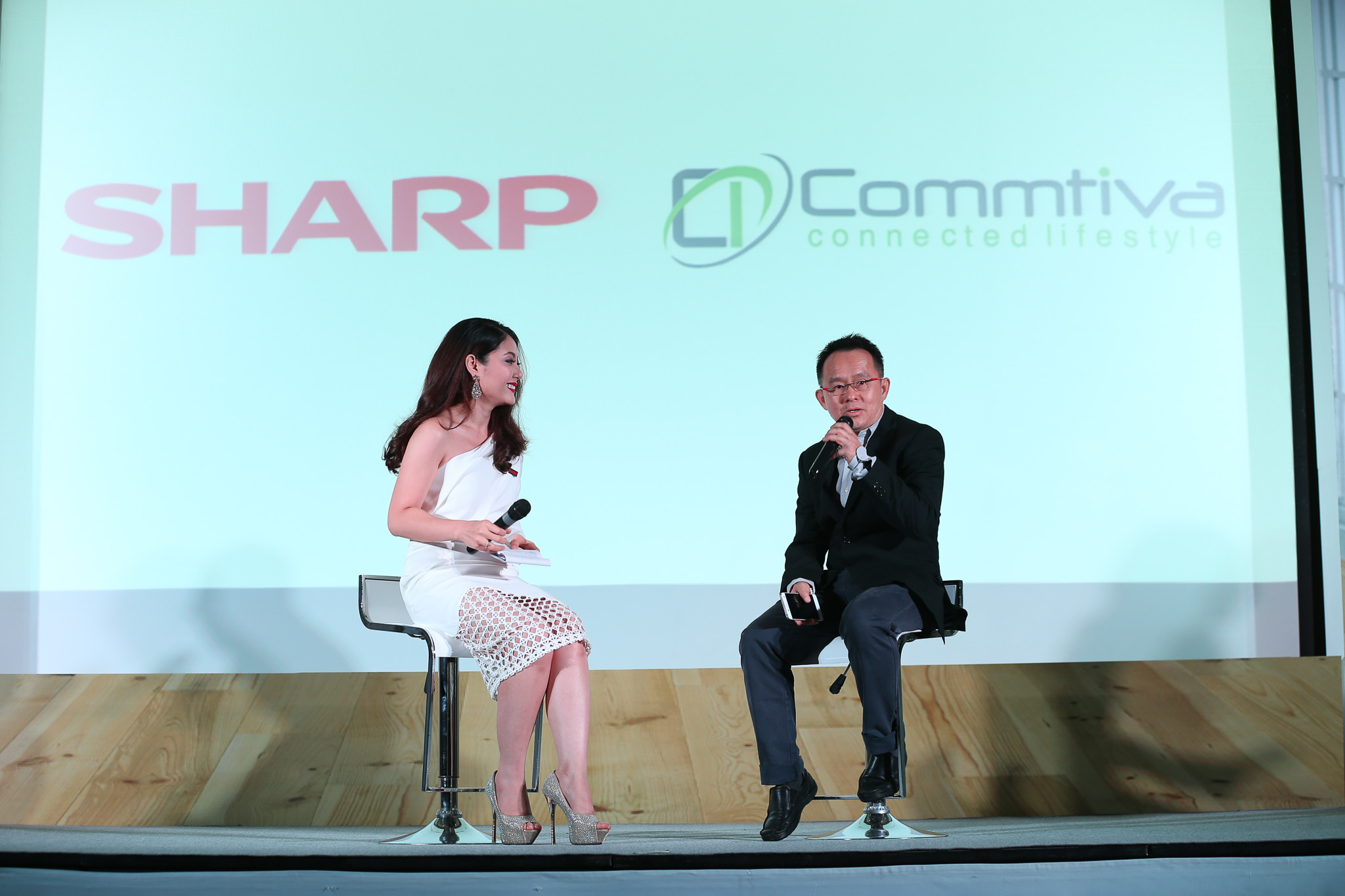 Sharp Launch Event 2016 SpecPhone 00009