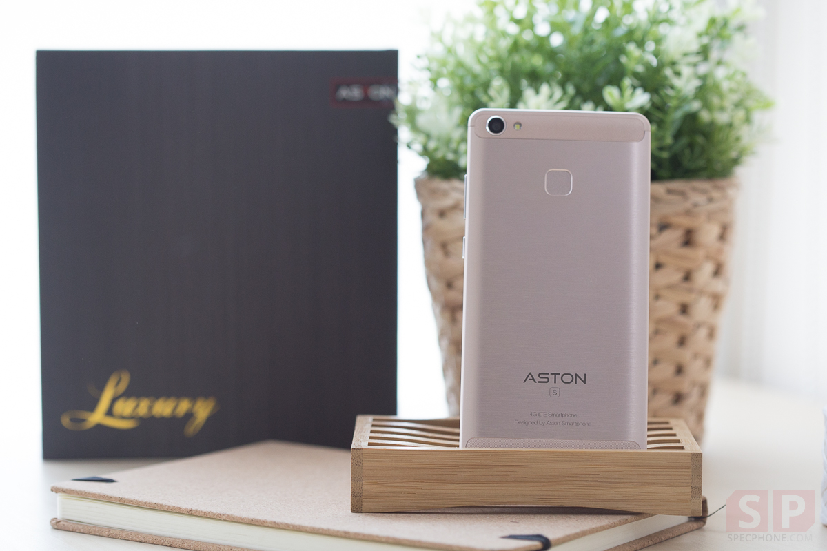Review-Aston-Luxury-S-SpecPhone-00006