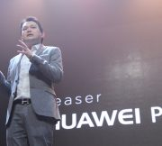 Huawei-P10-Launch-Event-SpecPhone-00018