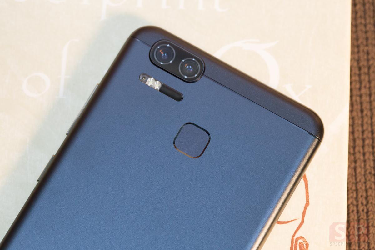 Review-ASUS-Zenfone-Zoom-S-SpecPhone-22