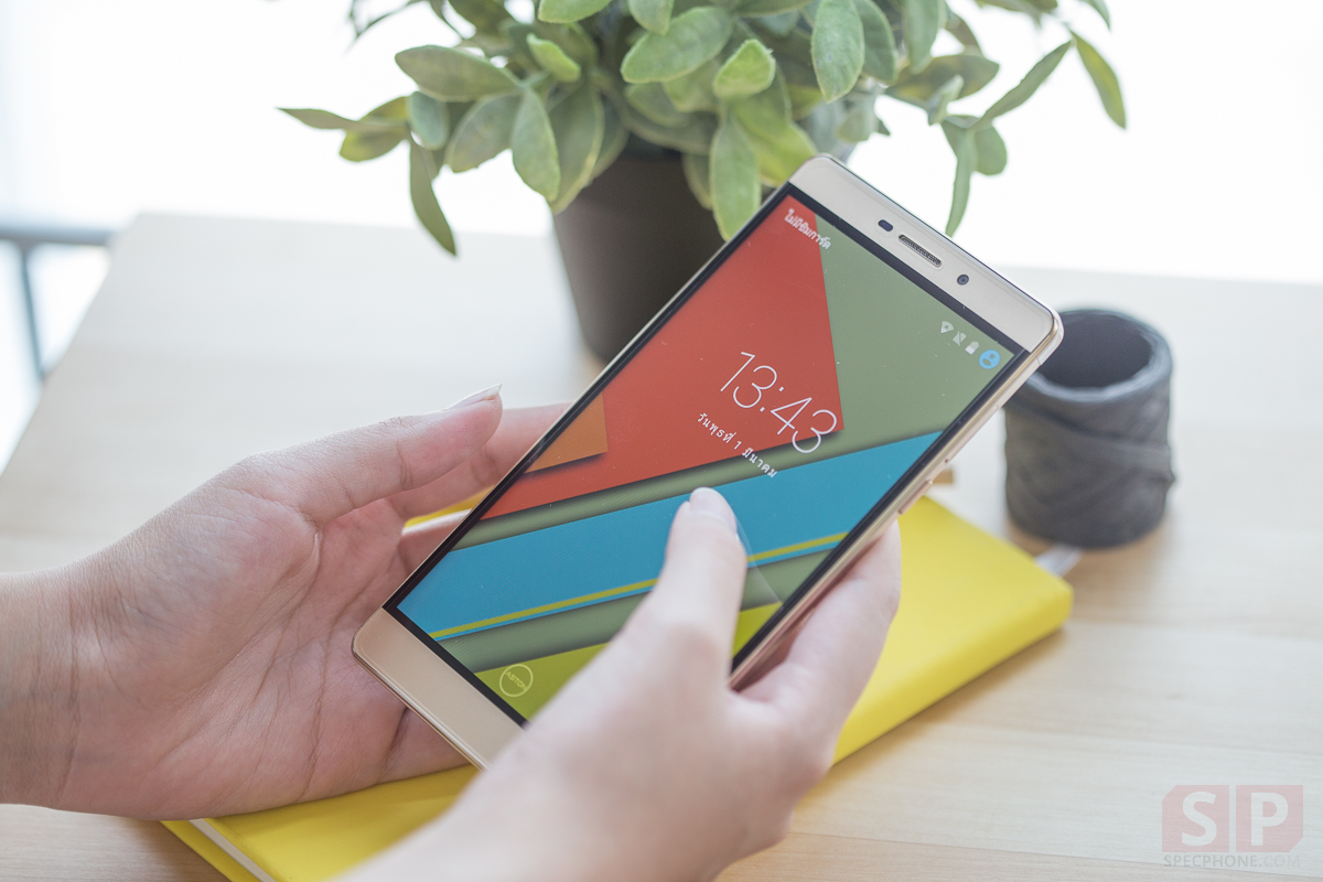 Review-Aston-Idea-3-plus-SpecPhone-00004