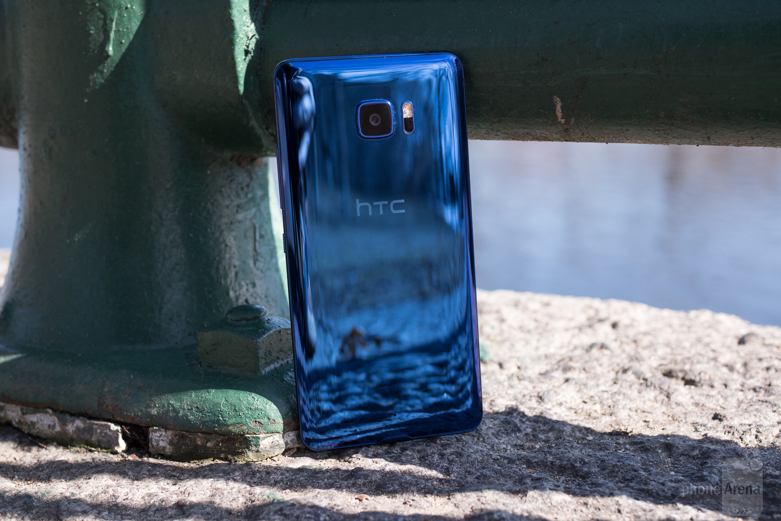 HTC-U-Ultra-Review-013