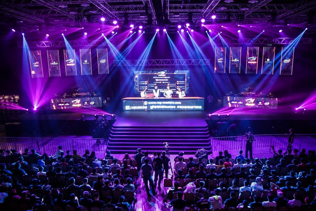 เอซุส รีพับลิคออฟเกมเมอร์ ชวนเหล่าเกมเมอร์ ลงทะเบียนเข้าแข่งขัน ROG Masters 2017 อีสปอร์ตระดับโลก ในงาน COMMART JOY 2017