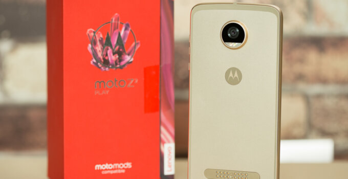 Review Moto Z2 Play SpecPhone 5