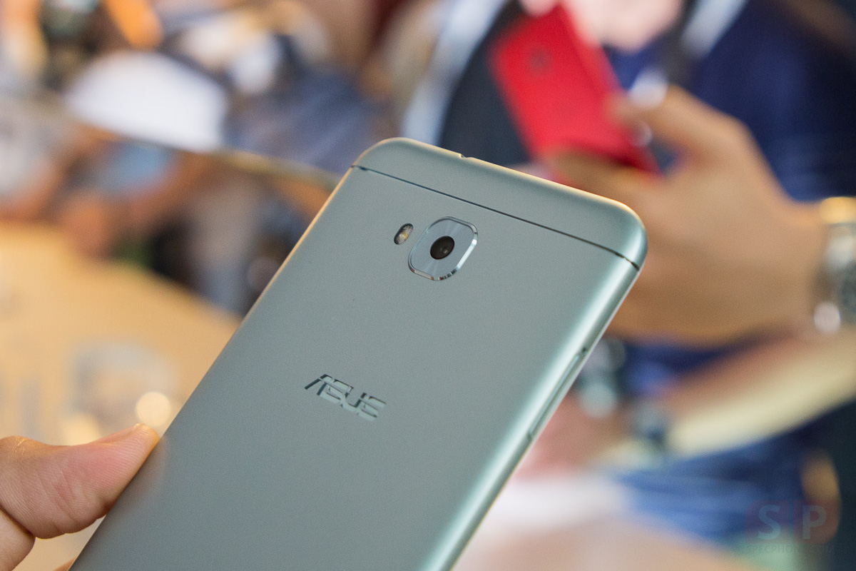 Hands-on-ASUS-Zenfone-4-Selfie-SpecPhone-00012