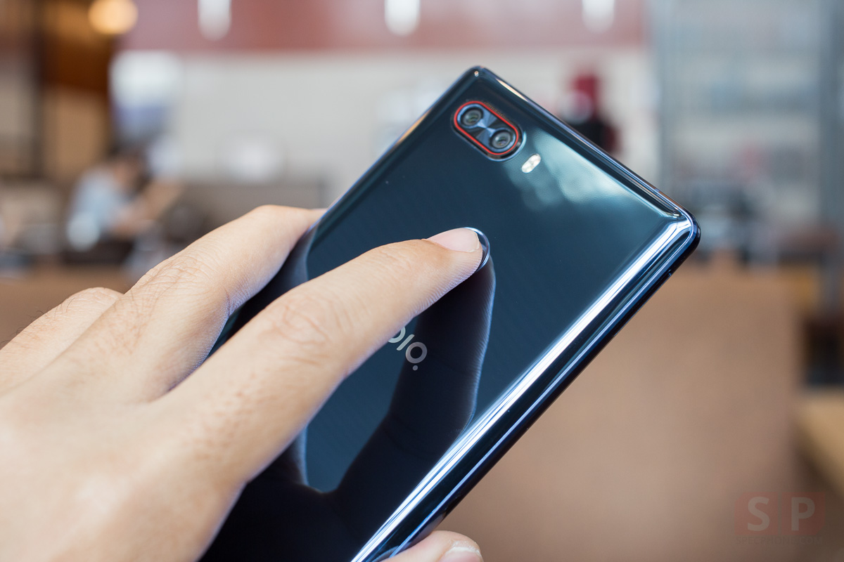 Hands-on-Nubia-Z17s-SpecPhone-0013