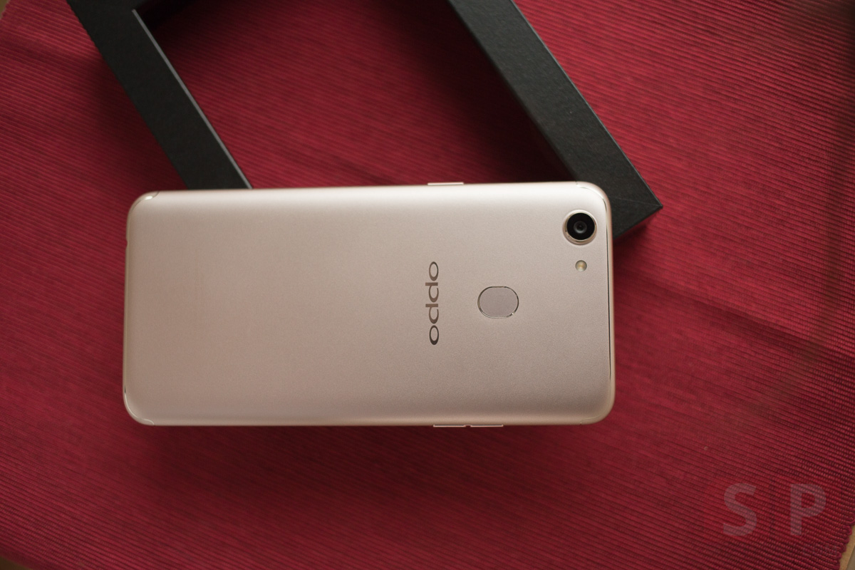 Review OPPO F5 SpecPhone 17