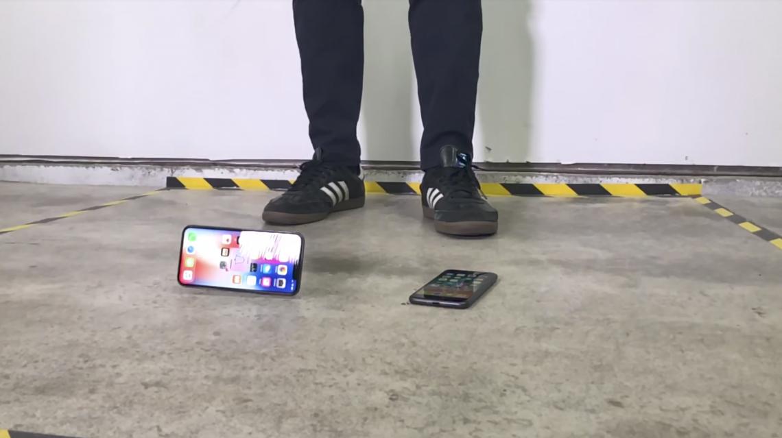 Drop Test iPhone X พร้อมเปรียบเทียบiPhone 8 ใครทนกว่ากัน ?