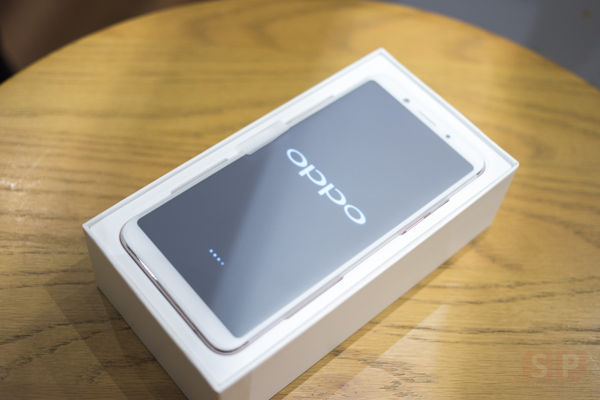Unbox-Preview-OPPO-F5-SpecPhone-0004
