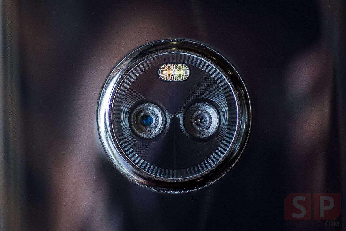 Review-Moto-X4-SpecPhone-20171112-15