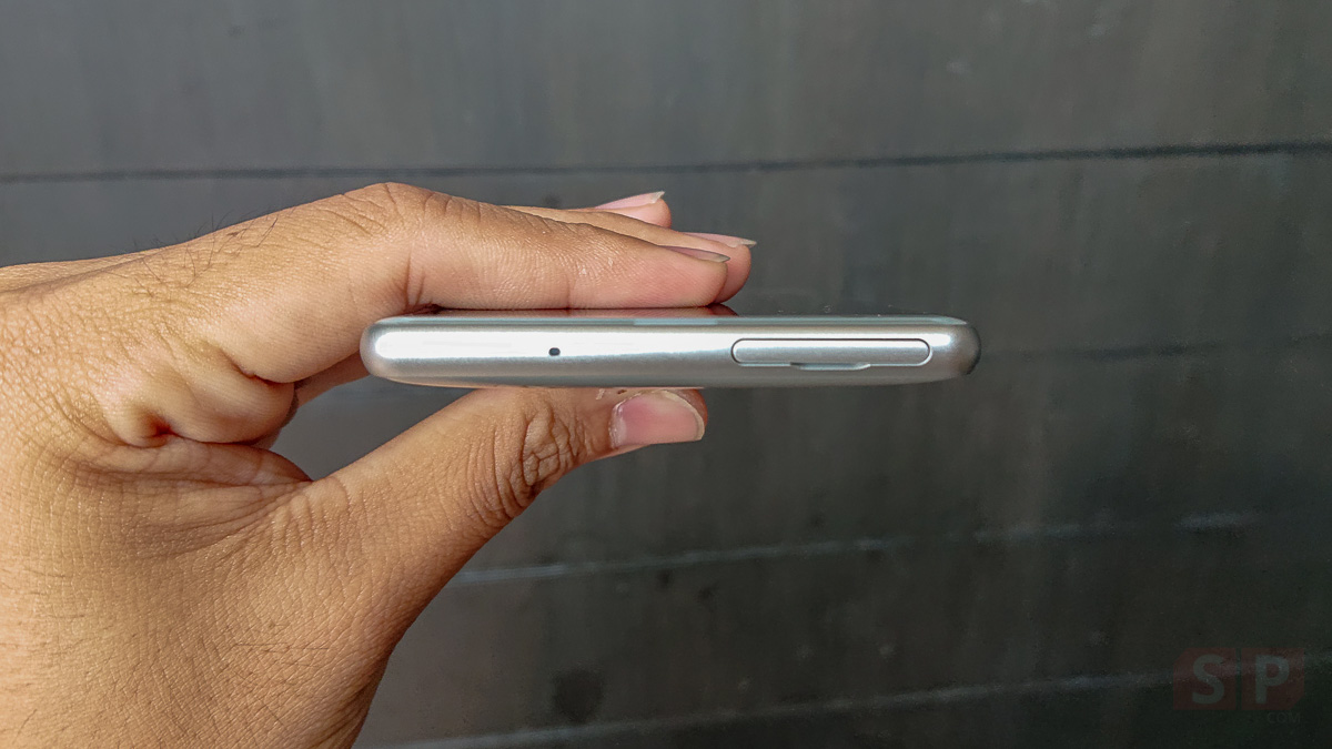 Hands-on-Sony-Xperia-XZ2-SpecPhone-0007