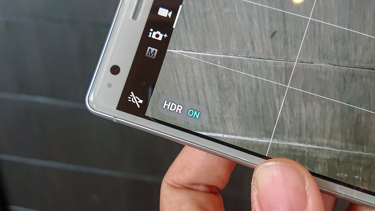 Hands-on-Sony-Xperia-XZ2-SpecPhone-0010