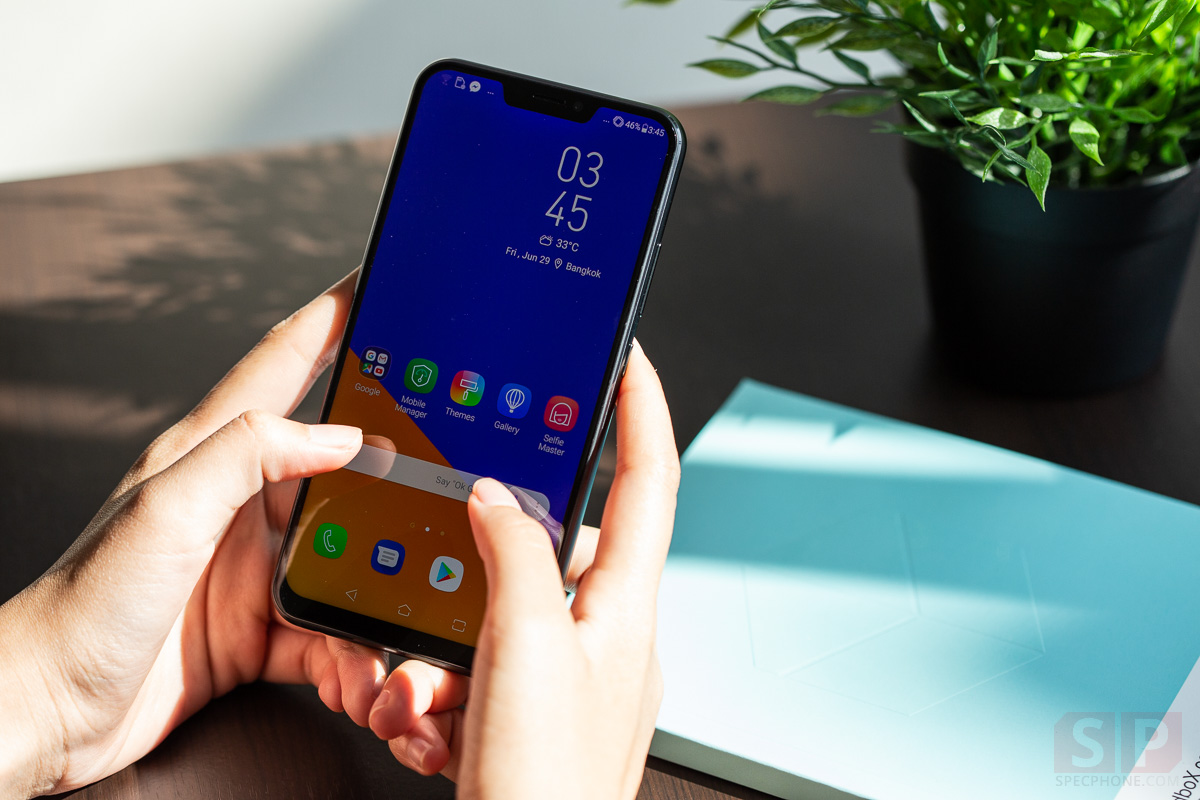 Review ASUS Zenfone 5z SpecPhone 4 1