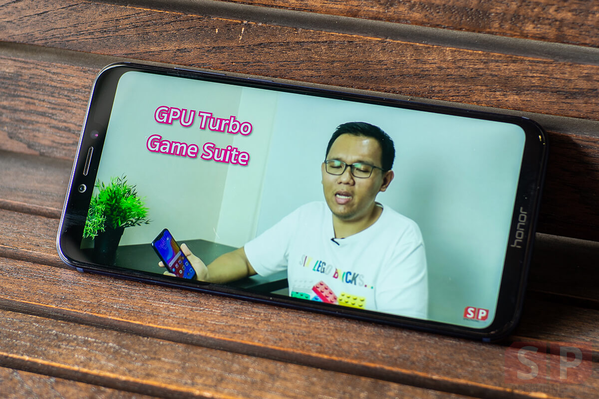 Review Honor Play SpecPhone 24