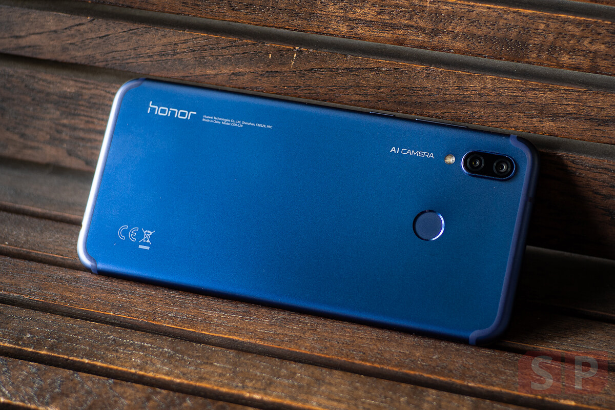 Review Honor Play SpecPhone 7