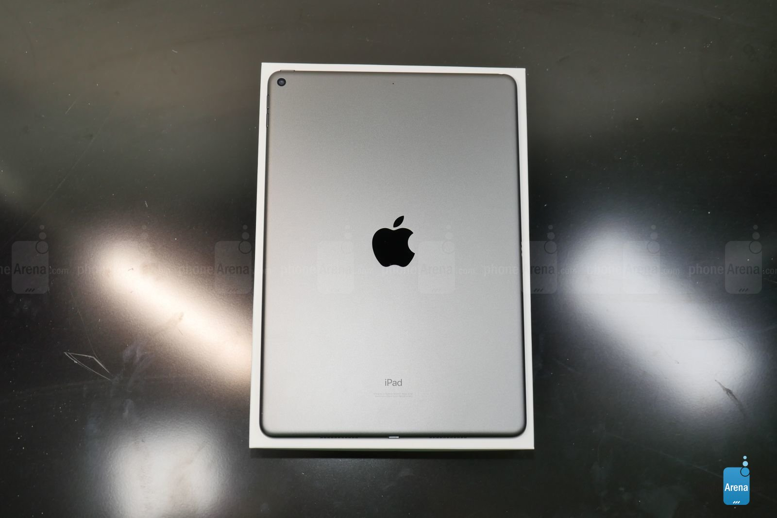 Apple iPad Air 2019 unboxing 2