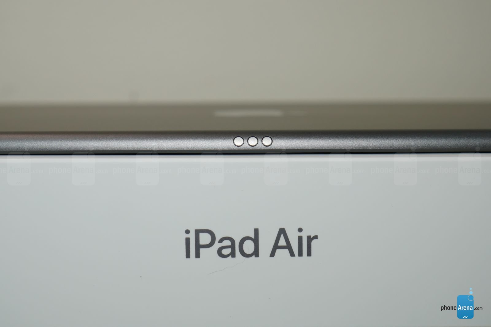 Apple iPad Air 2019 unboxing 3