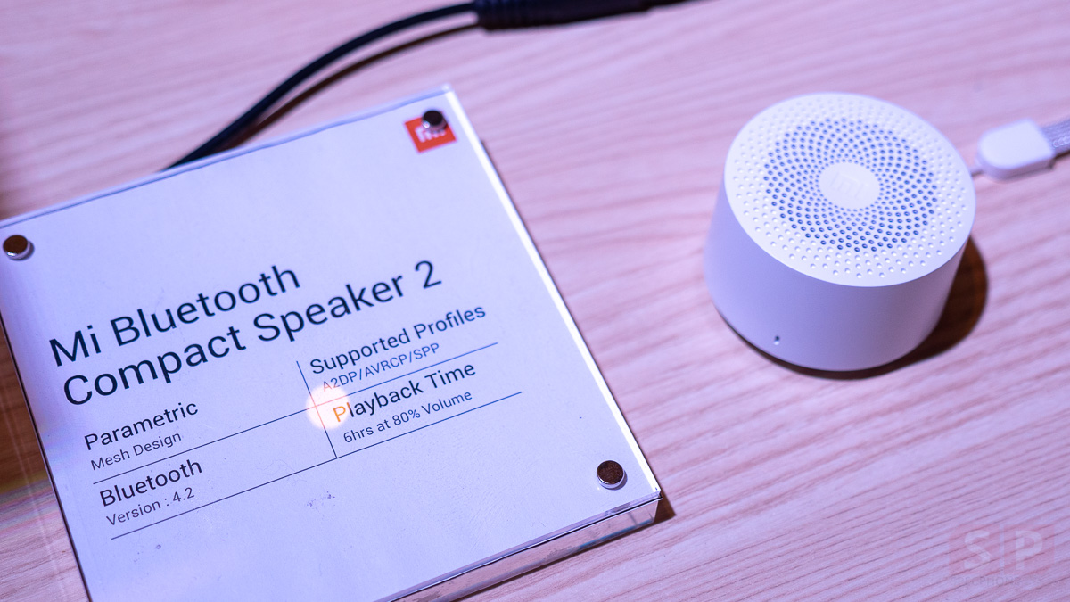 Hands on Mi Bluetooth Speaker SpecPhone 0003