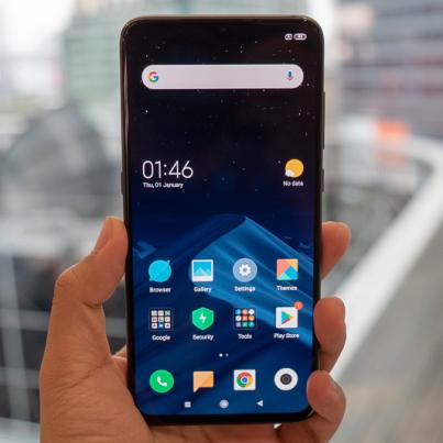 Hands-on-Xiaomi-Mi-9-SpecPhone-0005