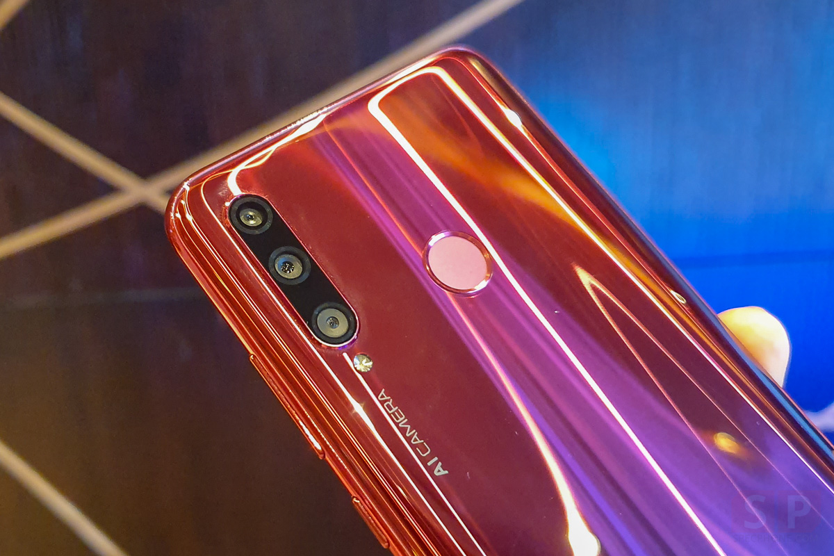 Hands on HONOR 20 Lite SpecPhone 0002