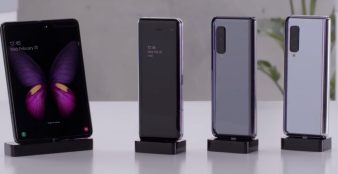 Samsung Galaxy Fold video