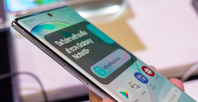 Hands on Samsung Galaxy Note 10 and Note 10 Plus SpecPhone 0020 1