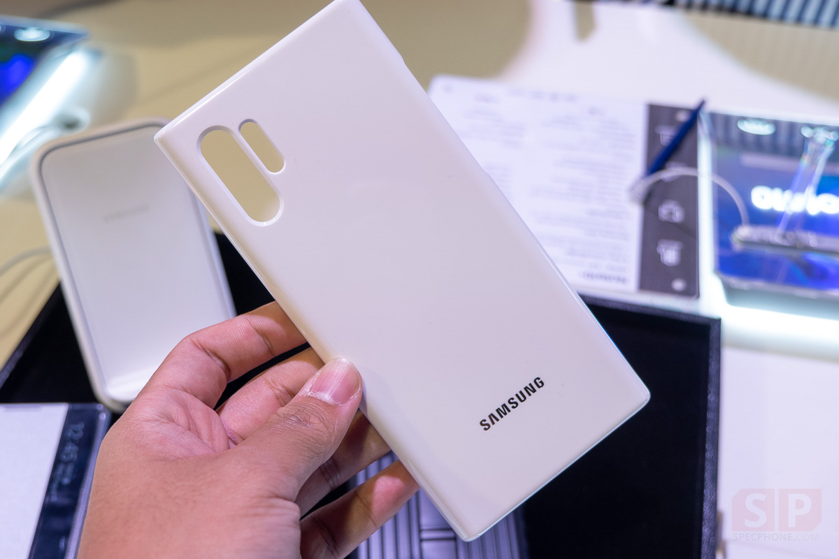 Hands on Samsung Galaxy Note 10 and Note 10 Plus SpecPhone 0046