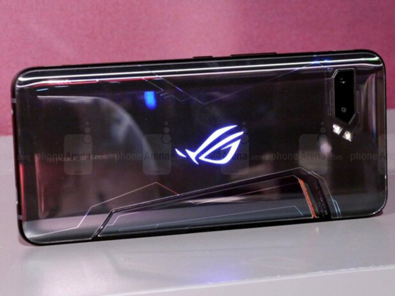The-Asus-ROG-Phone-2-is-so-popular-first-batch-sold-out-almost-immediately