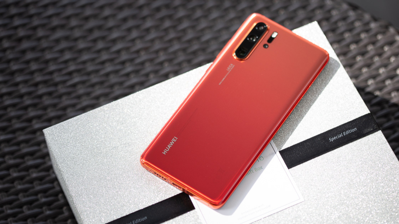 Review-HUAWEI-P30-Pro-Amber-Sunrise-SpecPhone-00003