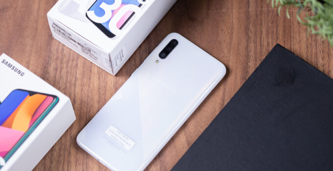 Review Samsung Galaxy A30s SpecPhone 018