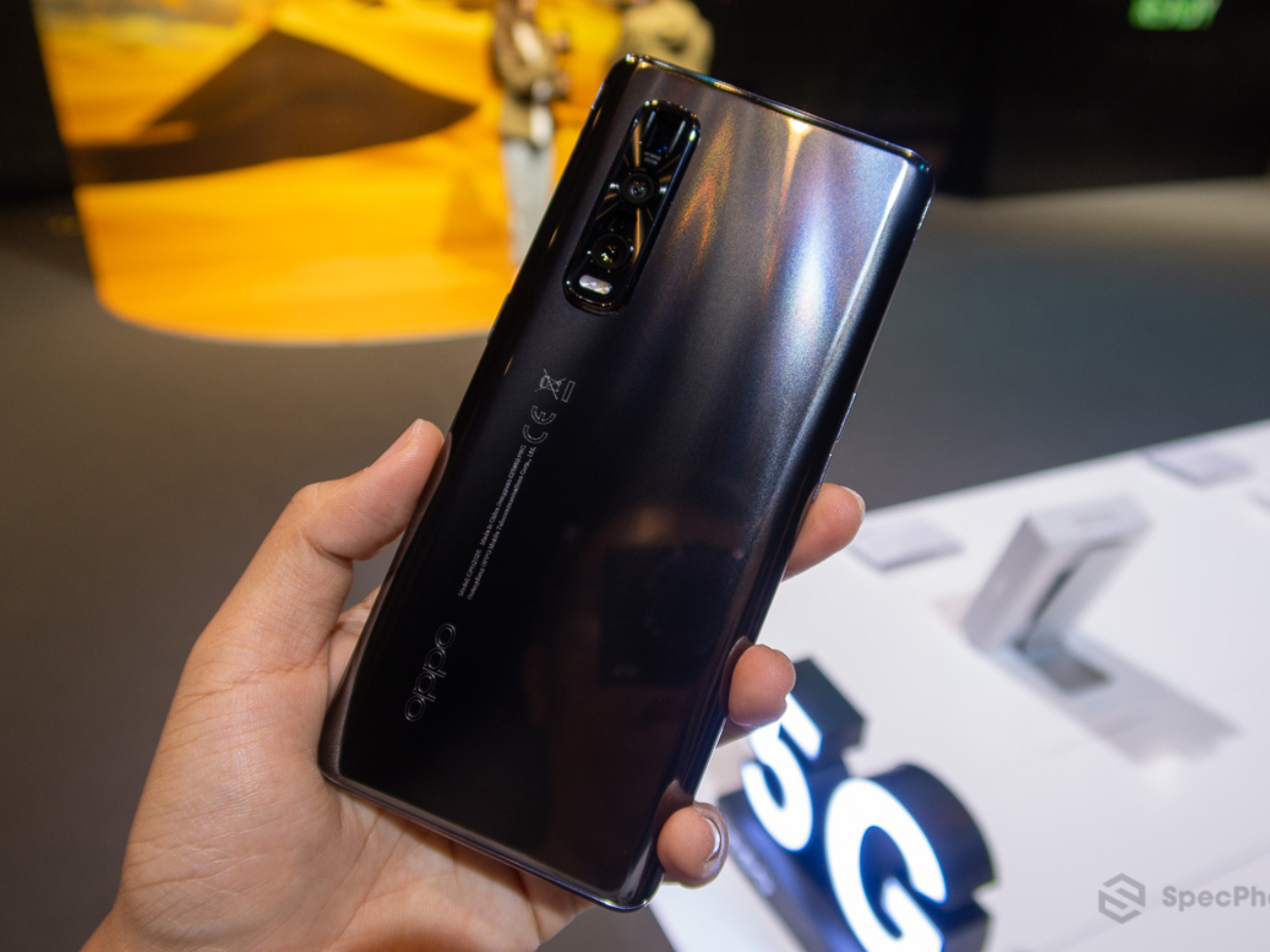 Hands-on-OPPO-Find-X2-Pro-5G-SpecPhone-0009