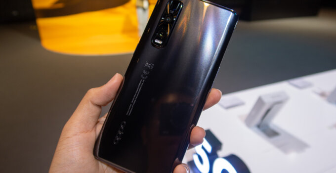 Hands on OPPO Find X2 Pro 5G SpecPhone 0009