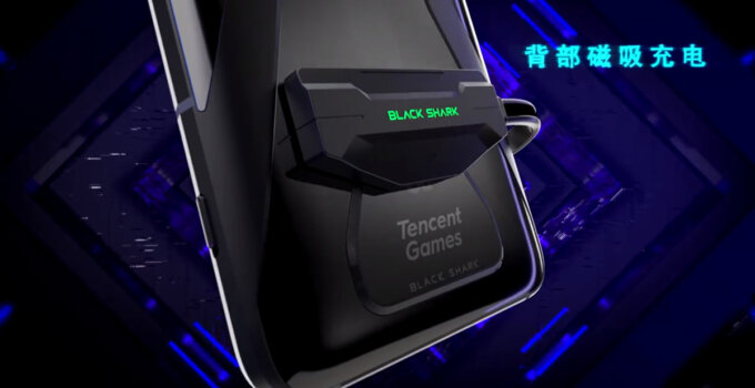 Xiaomi Black Shark 3 charging port featured