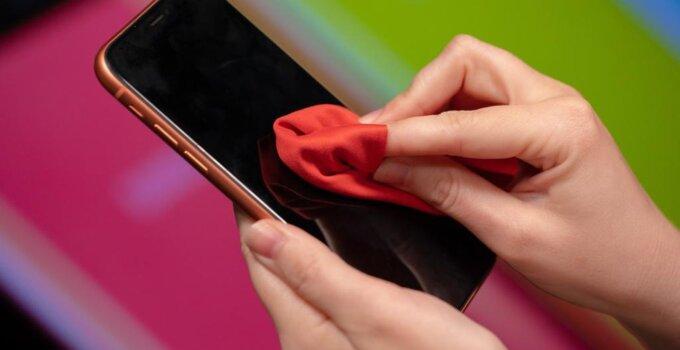 smartphone clean