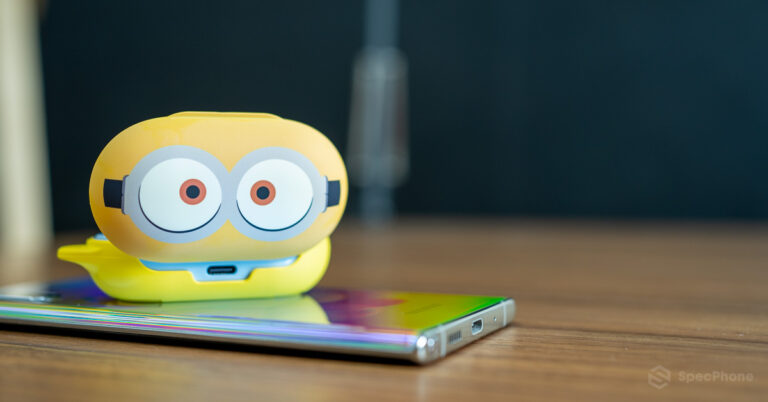 Review Galaxy Buds Smart Cover Minions Edition SpecPhone 0011