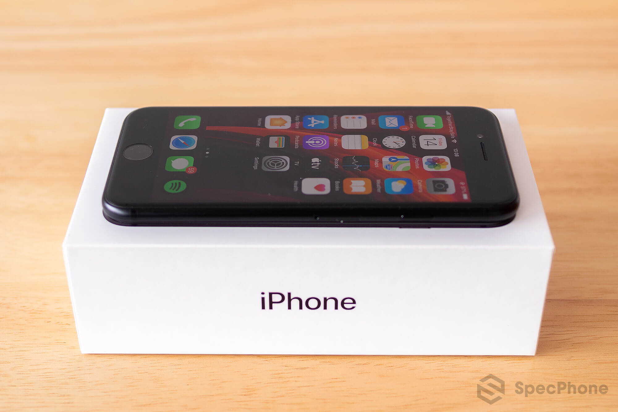 Review iPhone SE 2 2020 SpecPhone 24
