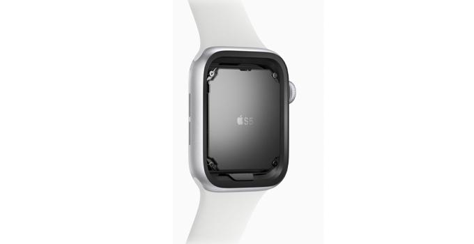 Apple Watch Series 6 vs Series 5 s5