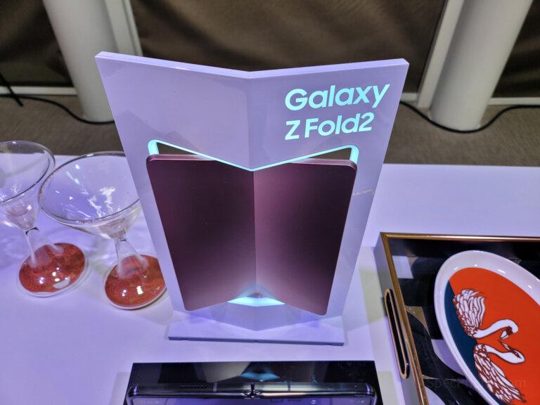 Preview Samsung Galaxy Z Fold2 5G SpecPhone 51