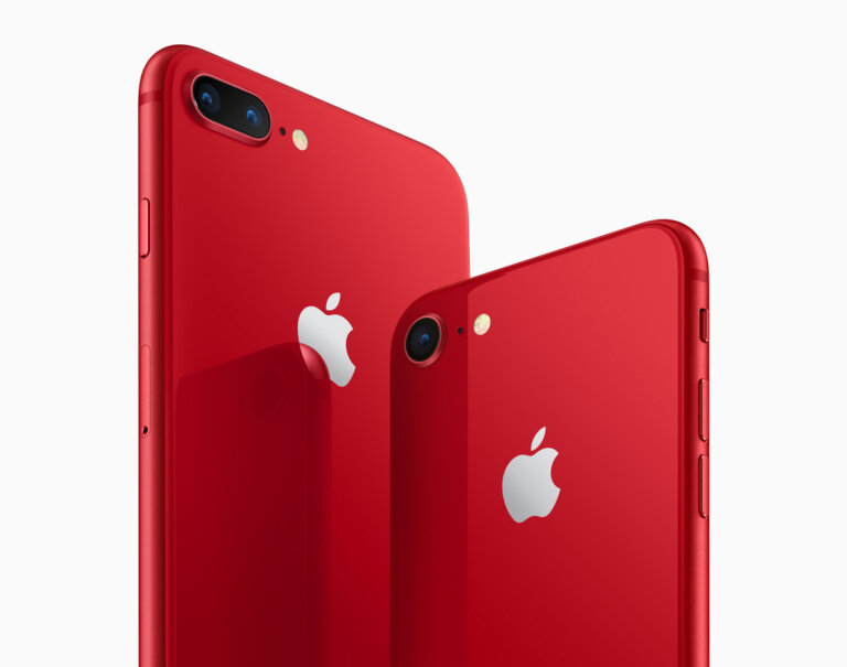 iphone8 iphone8plus product red angled back 041018 inline 1.jpg.large 2x 1