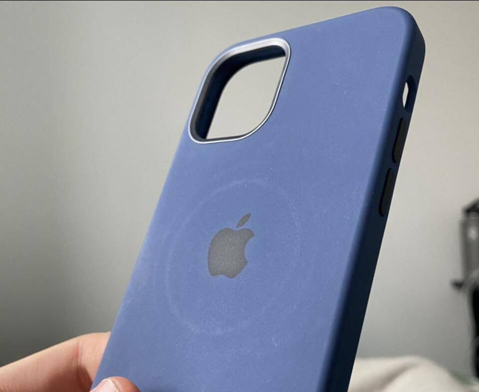 iPhone 12 นวัตกรรมดีด้วย MagSafe แต่ทำให้เคสเป็นรอยวงกลมนะ แถมอาจทำให้แบตฯ ร้อน
